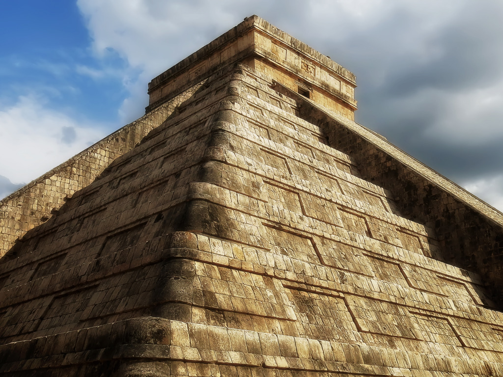 приготовит фото рисунков на пирамидах майя результата интеллектуальной