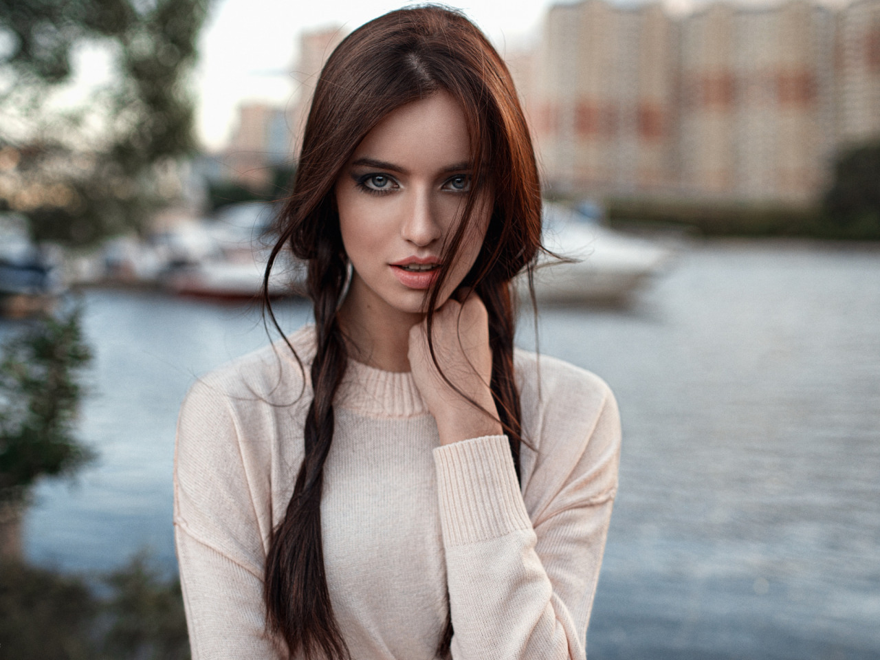 https://img2.goodfon.ru/original/1280x960/4/72/devushka-anastasiya-malahova.jpg