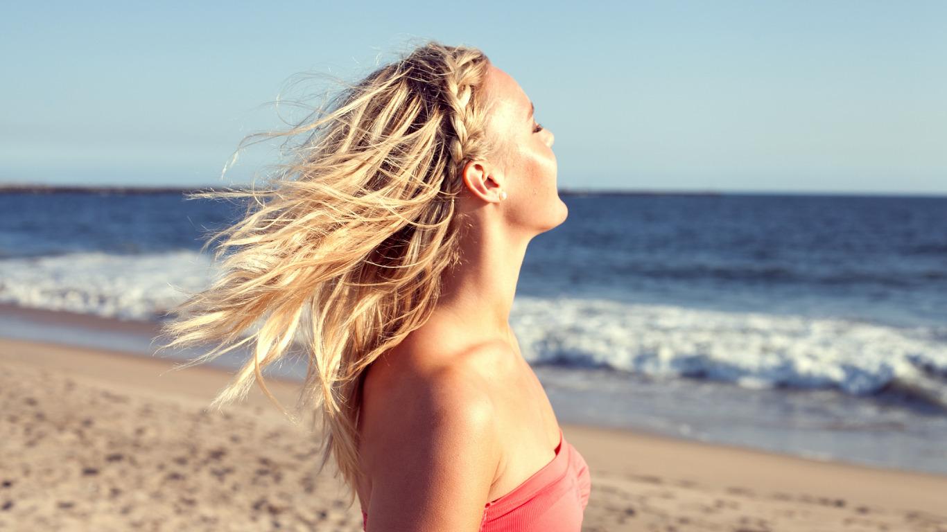Фото девушек блондинки на закате, Блондинки: фото со спины 9 фотография