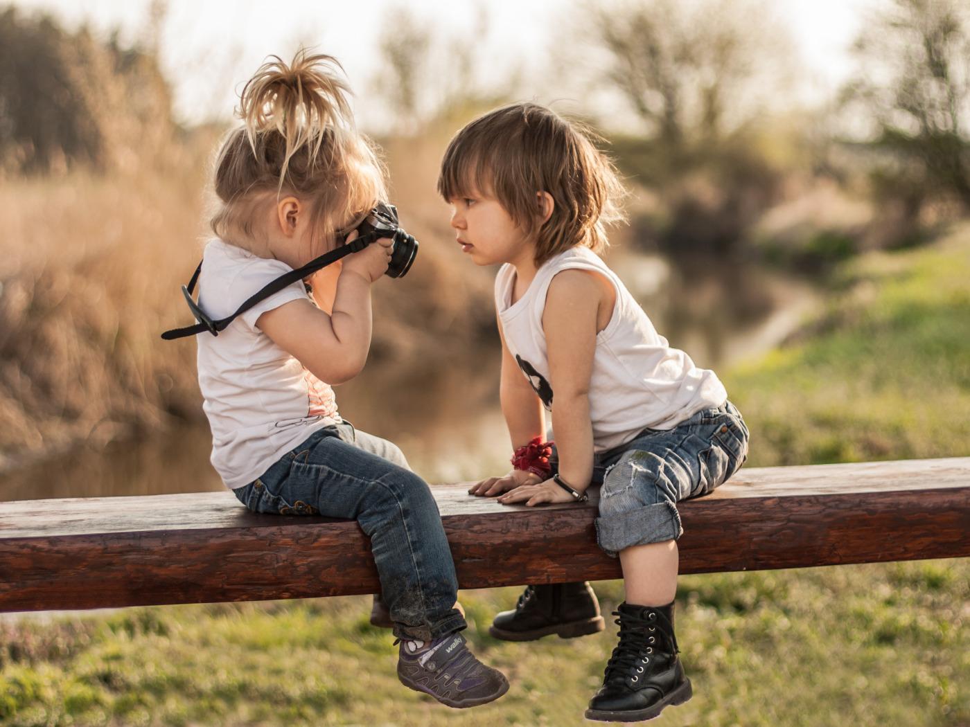 Картинки девочка и мальчик настоящие