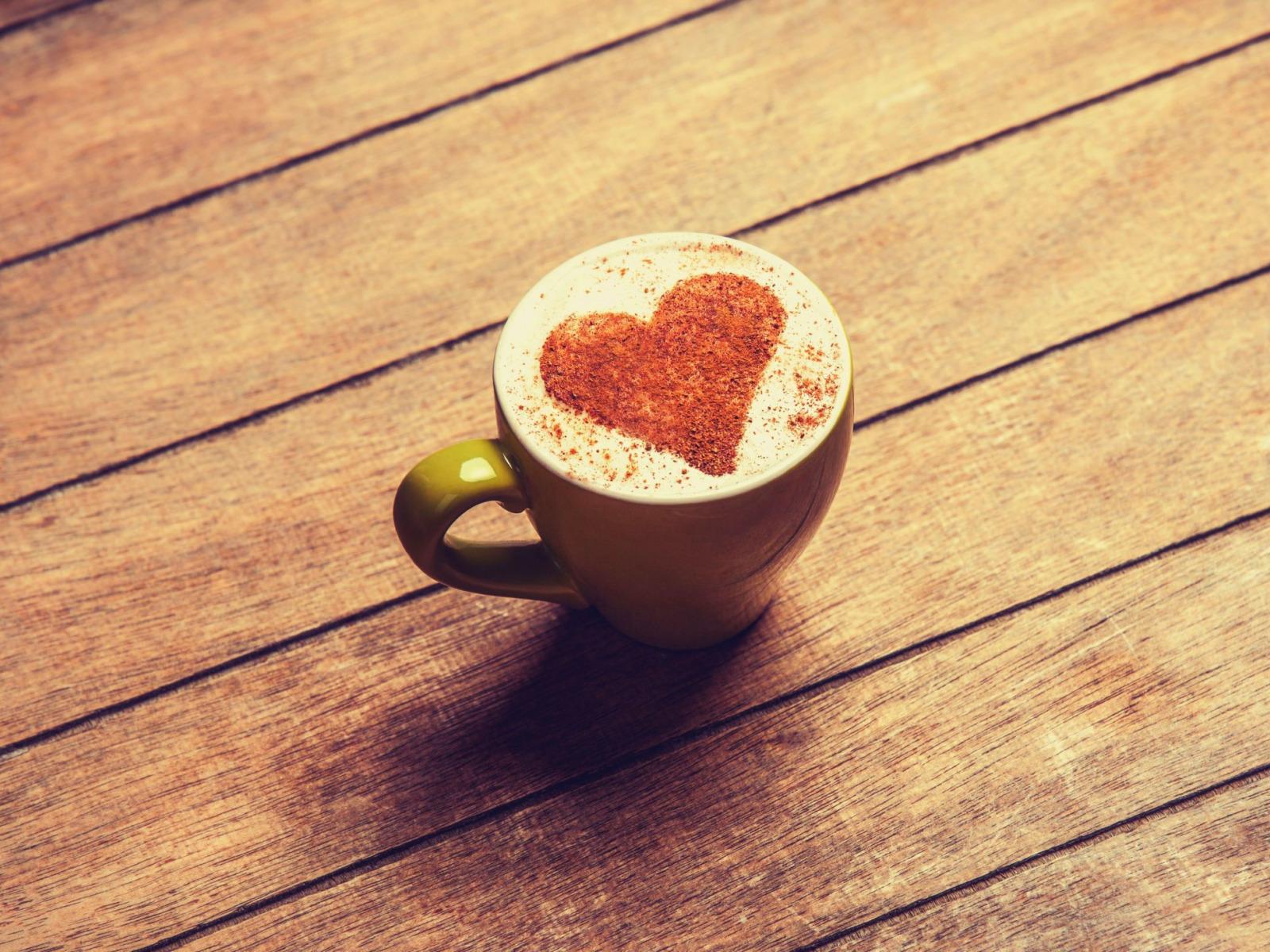 фото кофе в чашке с сердечком стакан хайболл положите