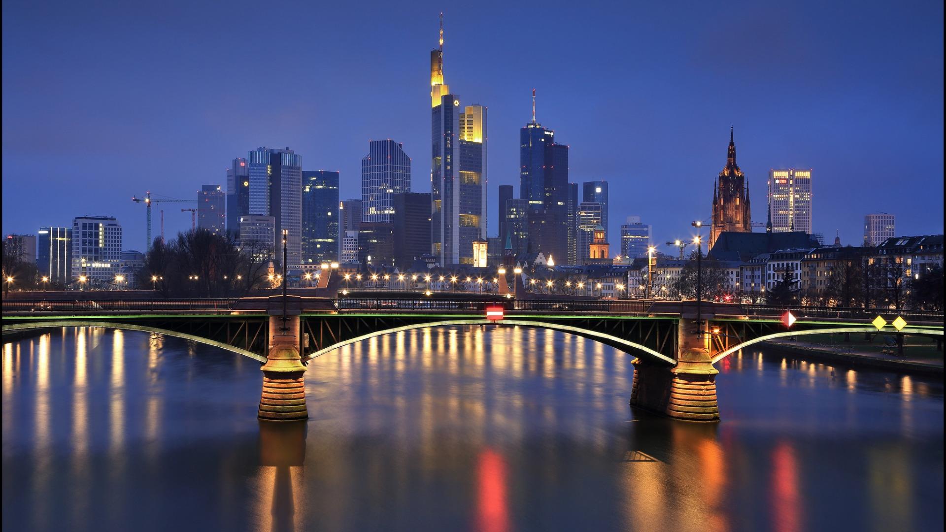страны архитектура вечер город Франкфурт-на-Майне Германия  № 155577  скачать