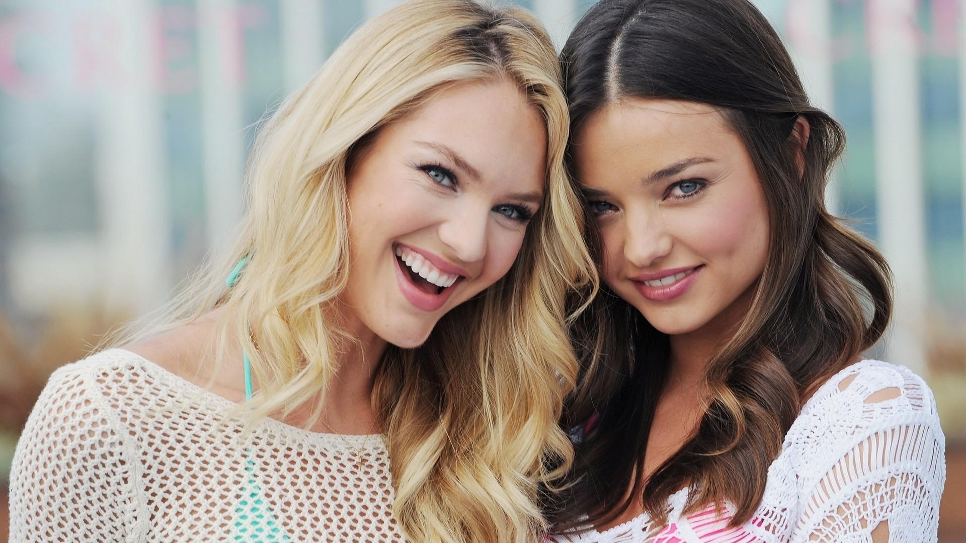 картинки девушек брюнеток и блондинок стоит сказать