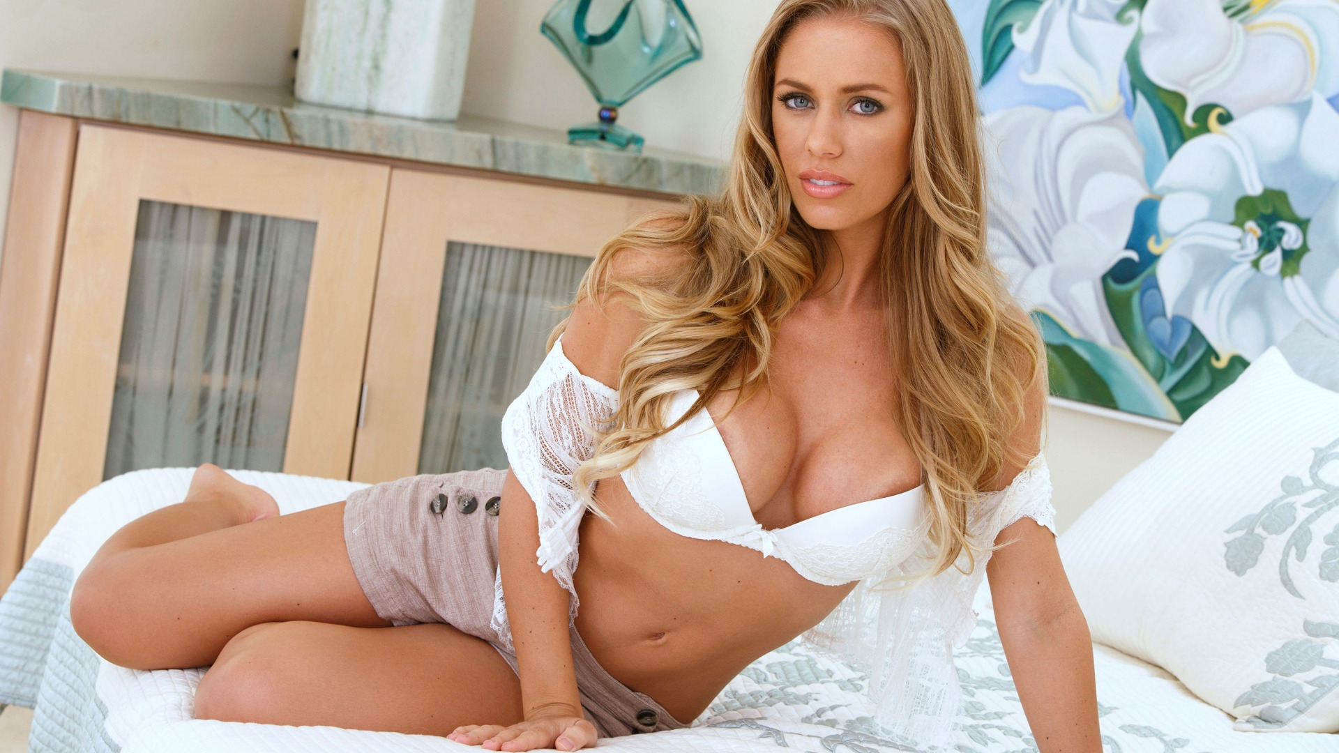 Nicole aniston hd фото
