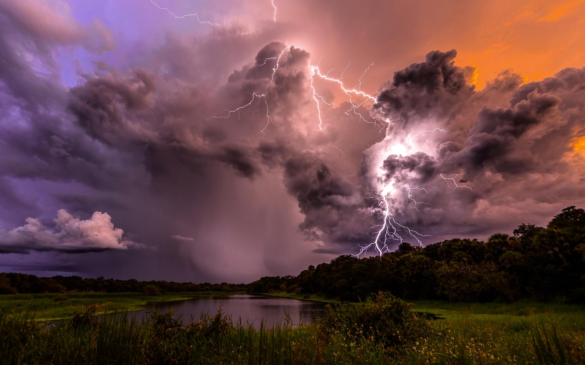 сладости чаще фото неба во время грозы пущать