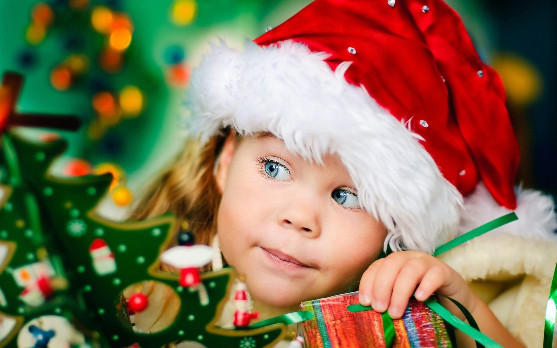 картинка малыши новый год