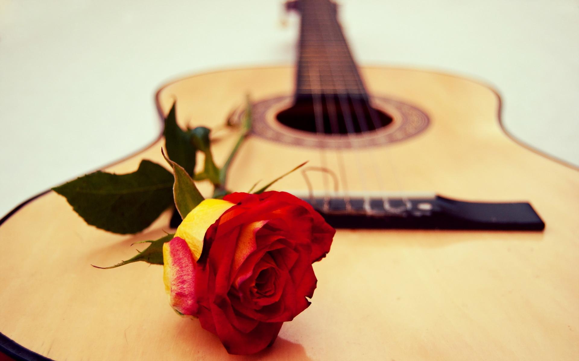 Любимая, открытки с днем рождения музыкальные с розами