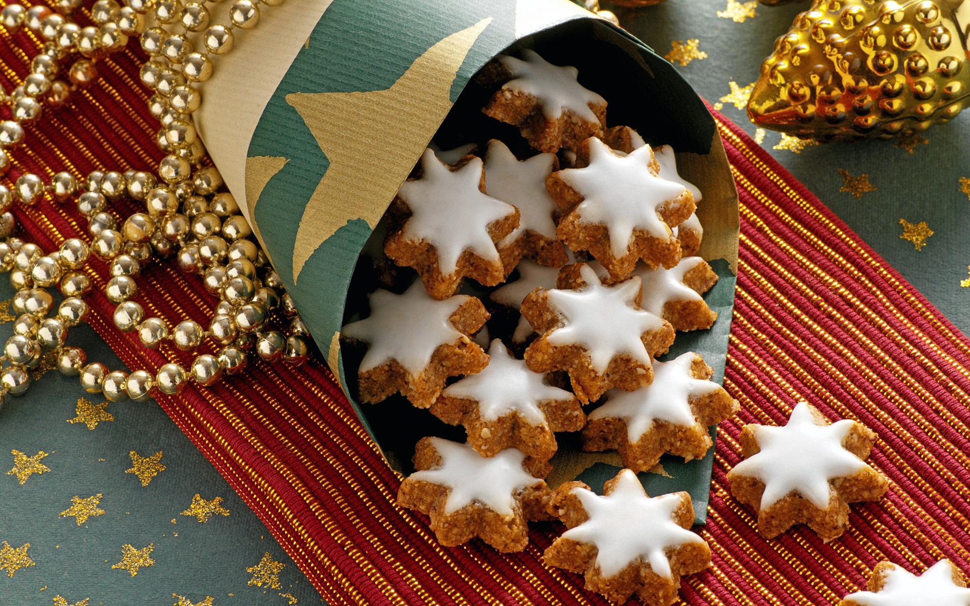 http://img2.goodfon.ru/original/1920x1200/b/60/pechene-novogodnee-vypechka.jpg