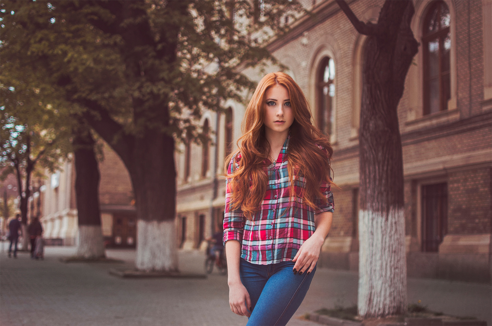 redhead-unlined-jeans