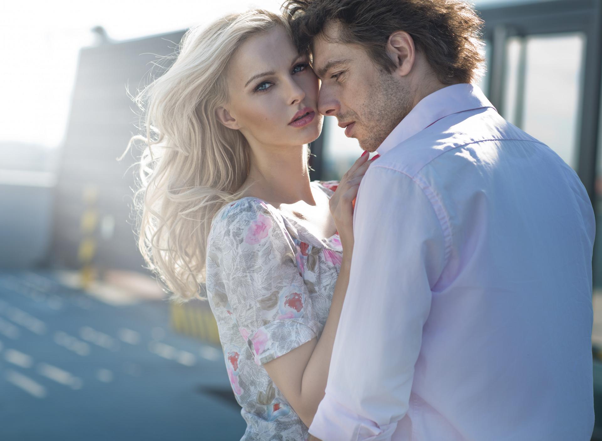 Утра солнышком, картинка влюбленные пары блондинка