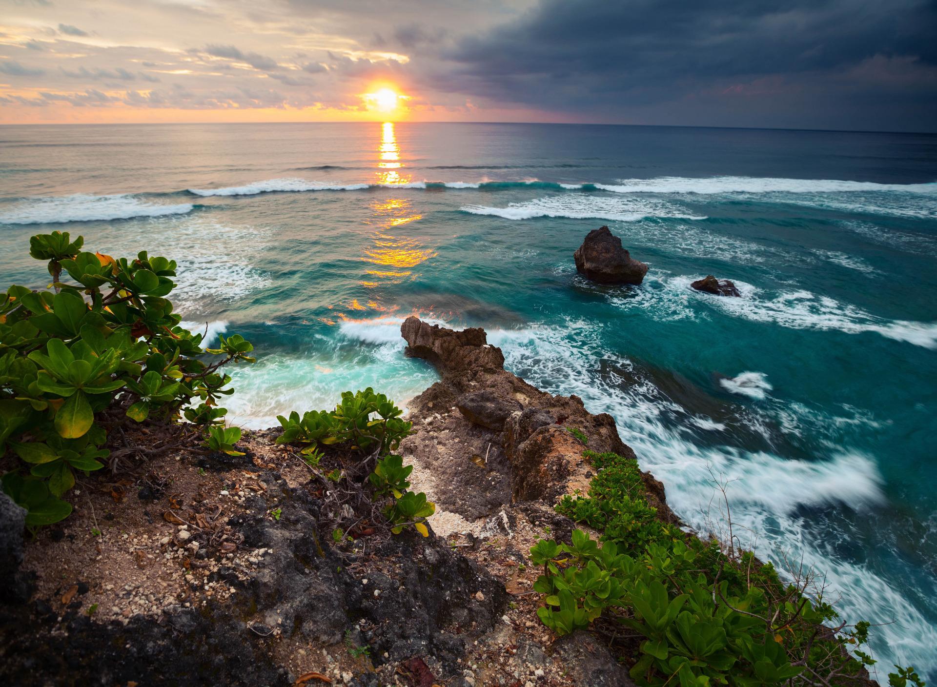 красивые фото океана с побережьем имеют оттенков, отличаются