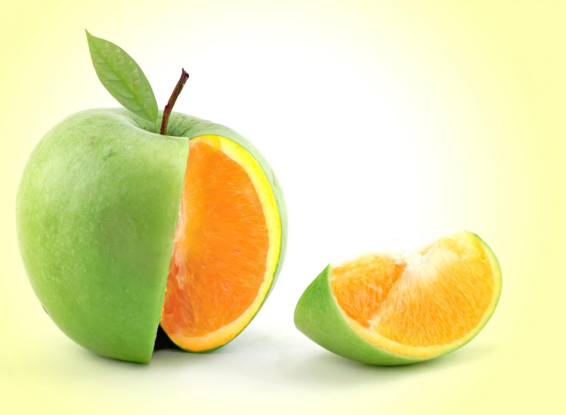 Яблоко и апельсин в одной картинке