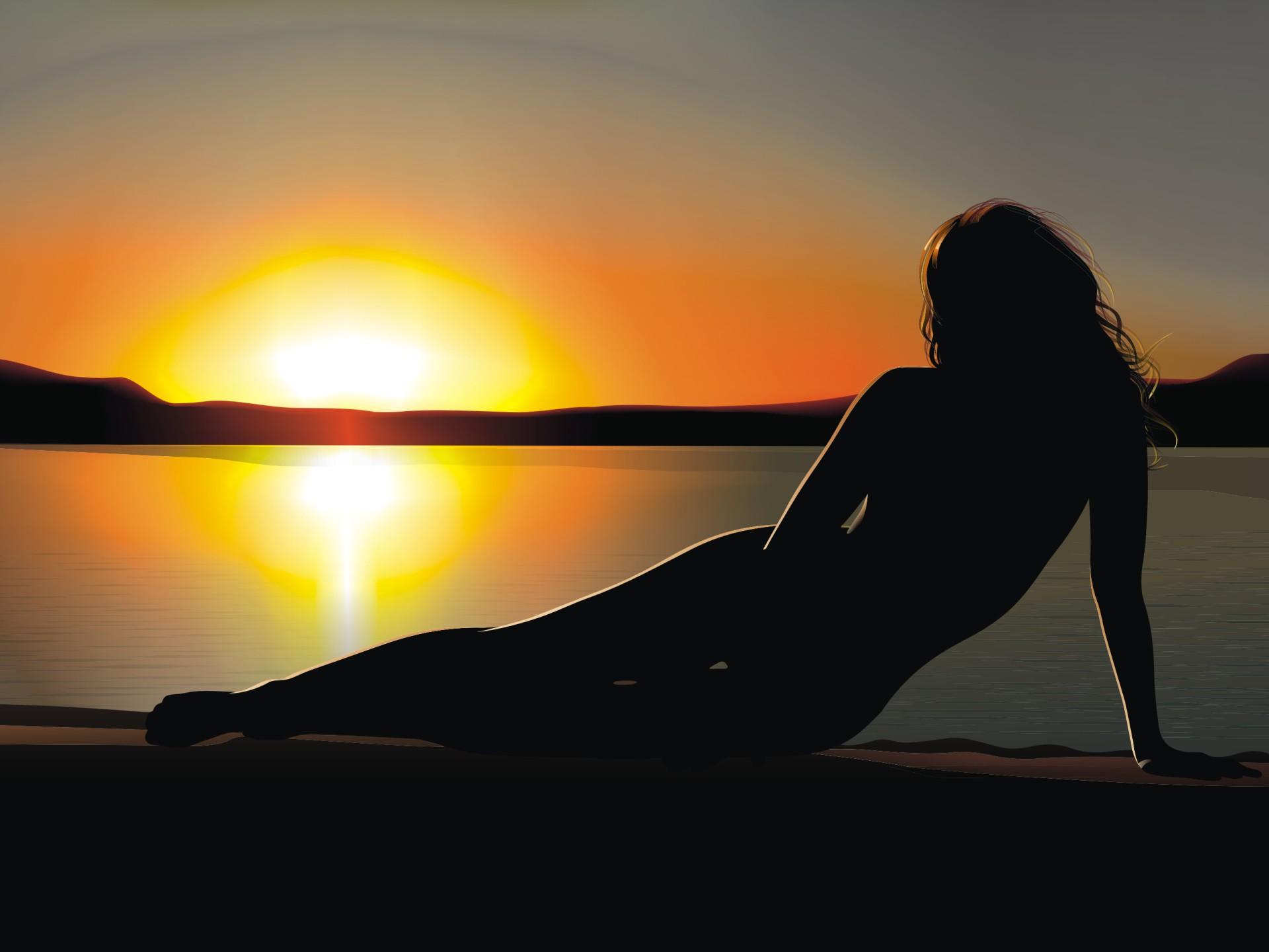 Картинка женский силуэт на закате