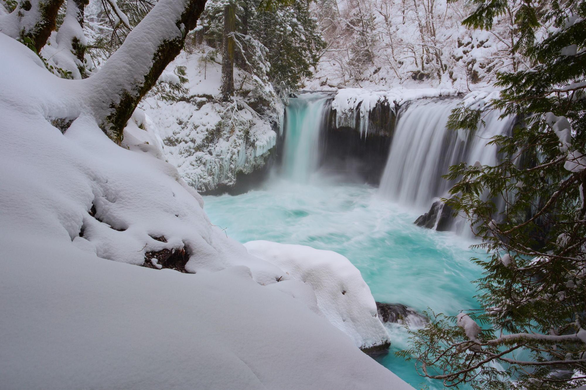 обои для рабочего стола зима водопады № 467112 без смс