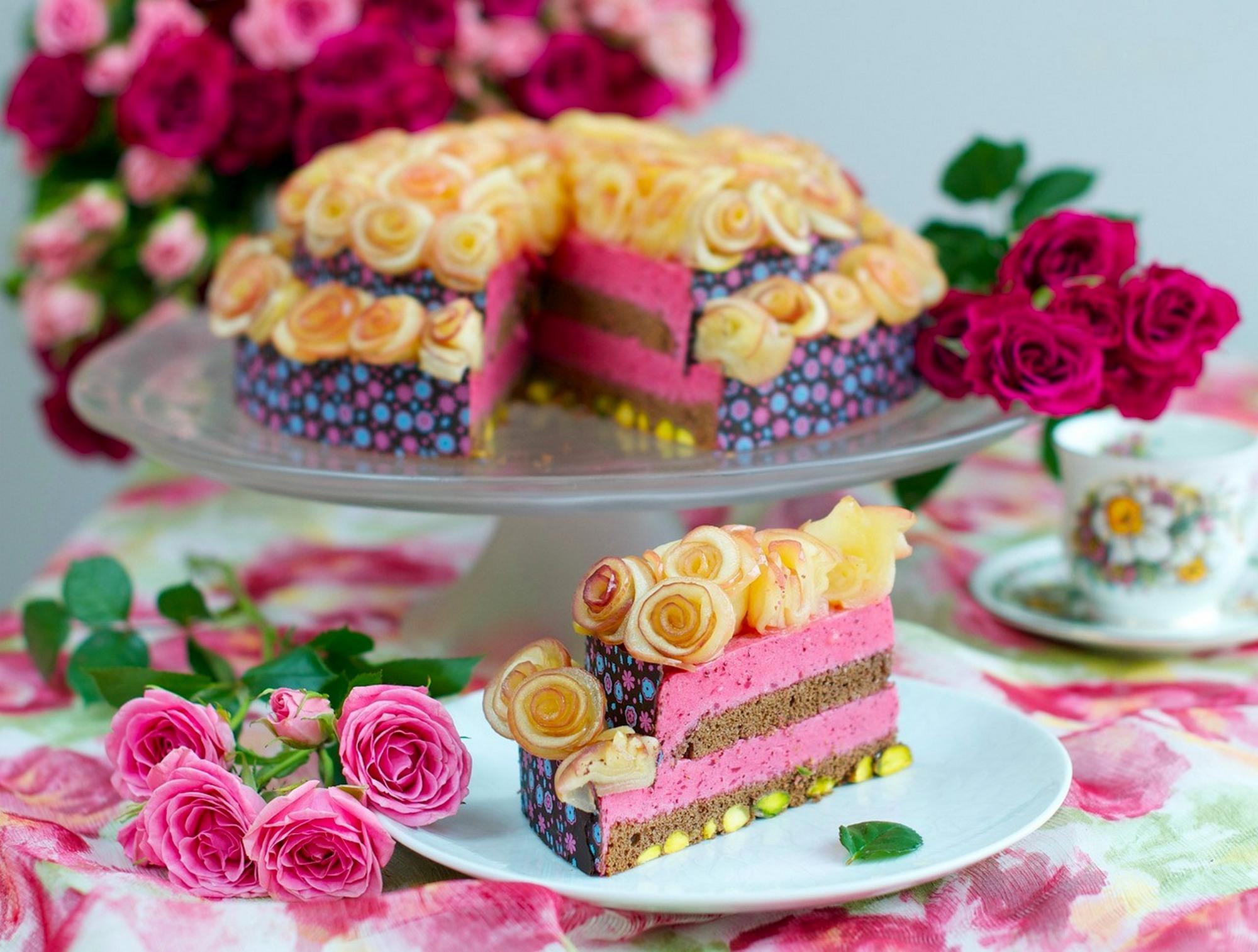 Февраля, открытки с розами и тортом