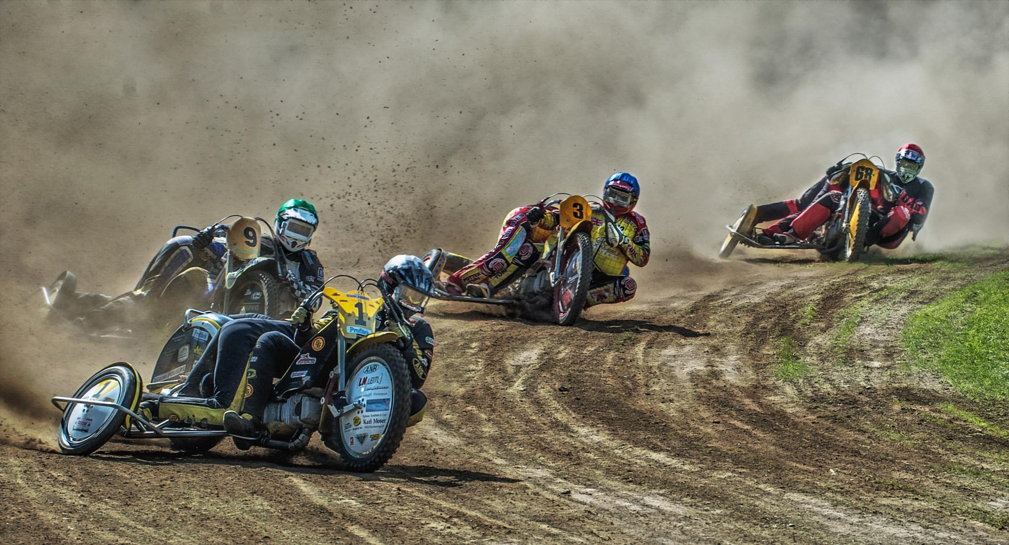 спорт мотоцикл гонка sports motorcycle race  № 3296465 бесплатно