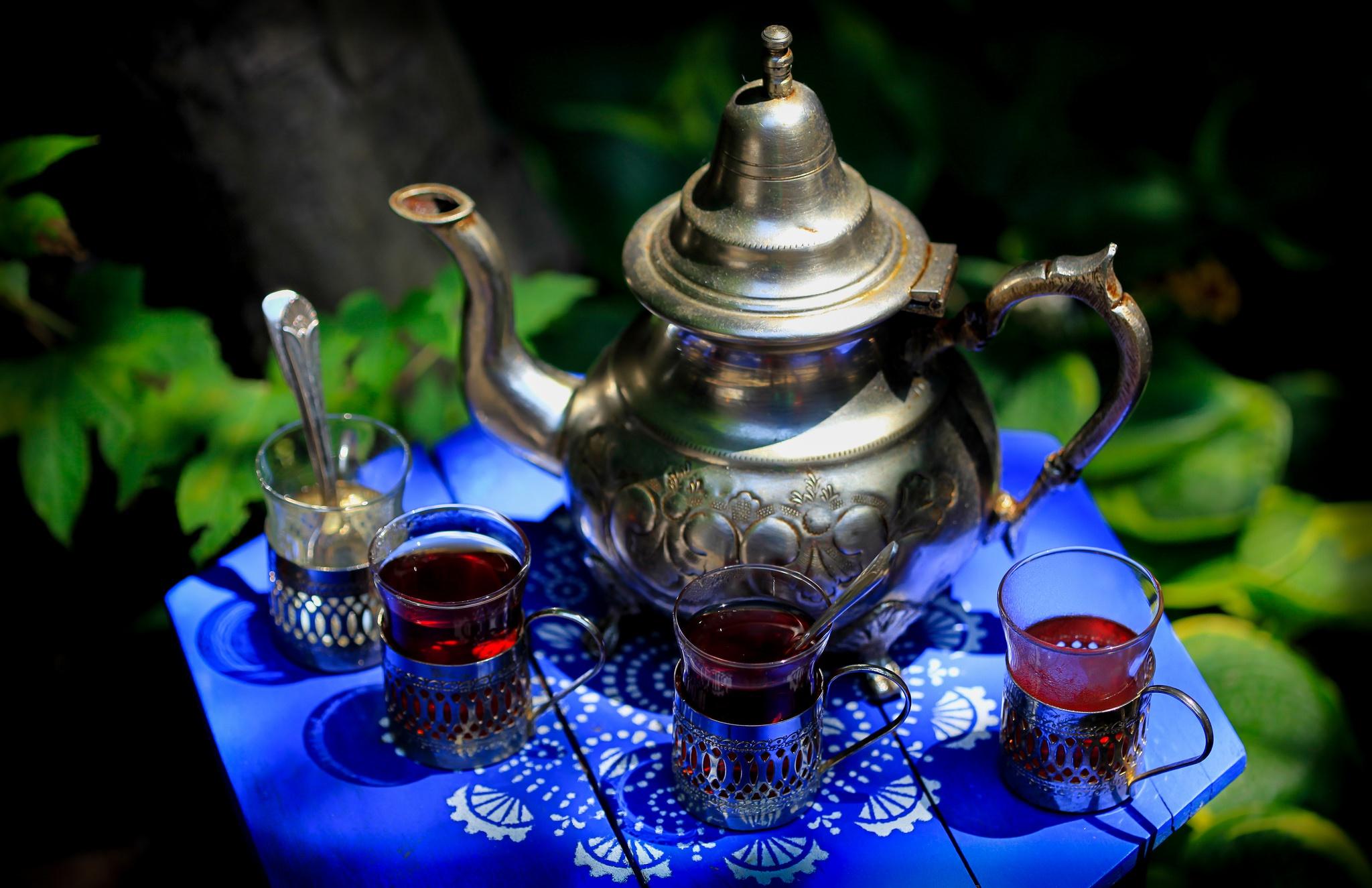 передней красивые открытки чаепития поет
