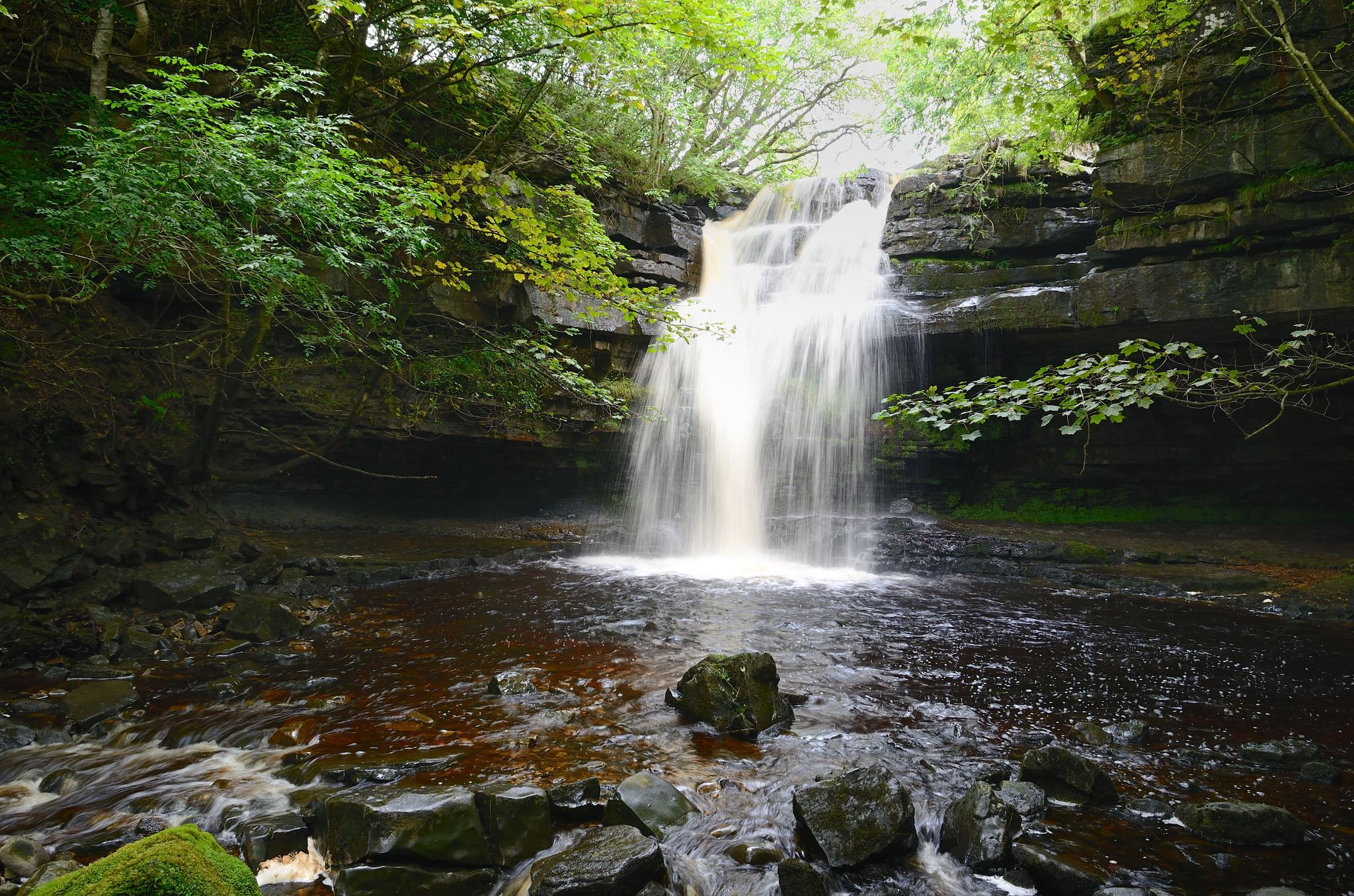 водопад художественное фото самоклеющейся пленке отличное
