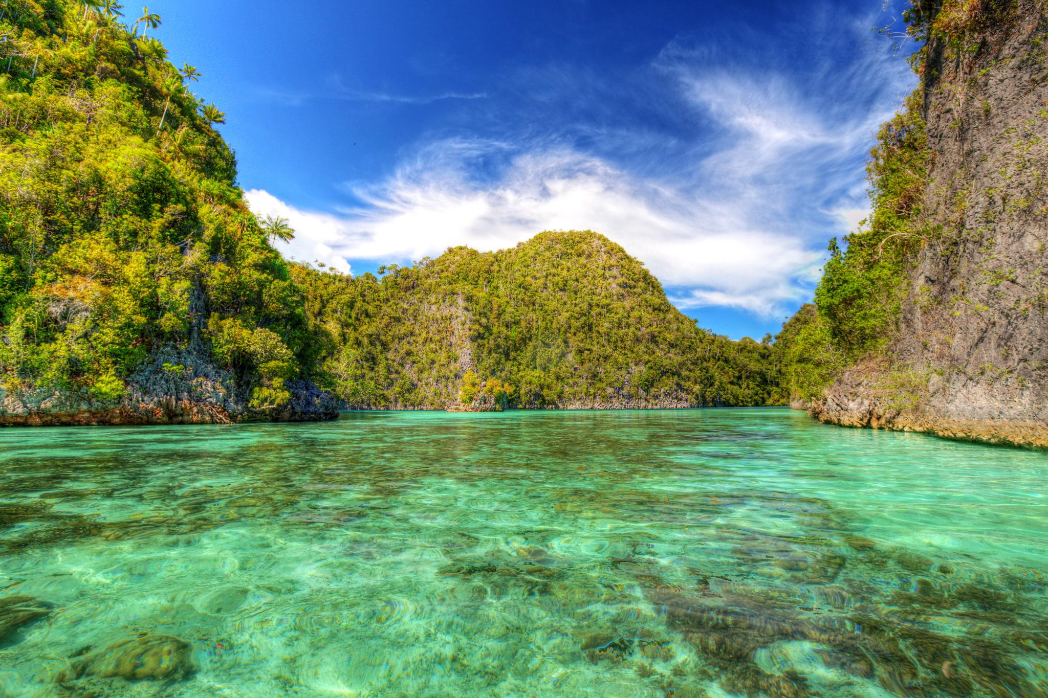 природа река деревь облака Индонезия  № 1670652 загрузить
