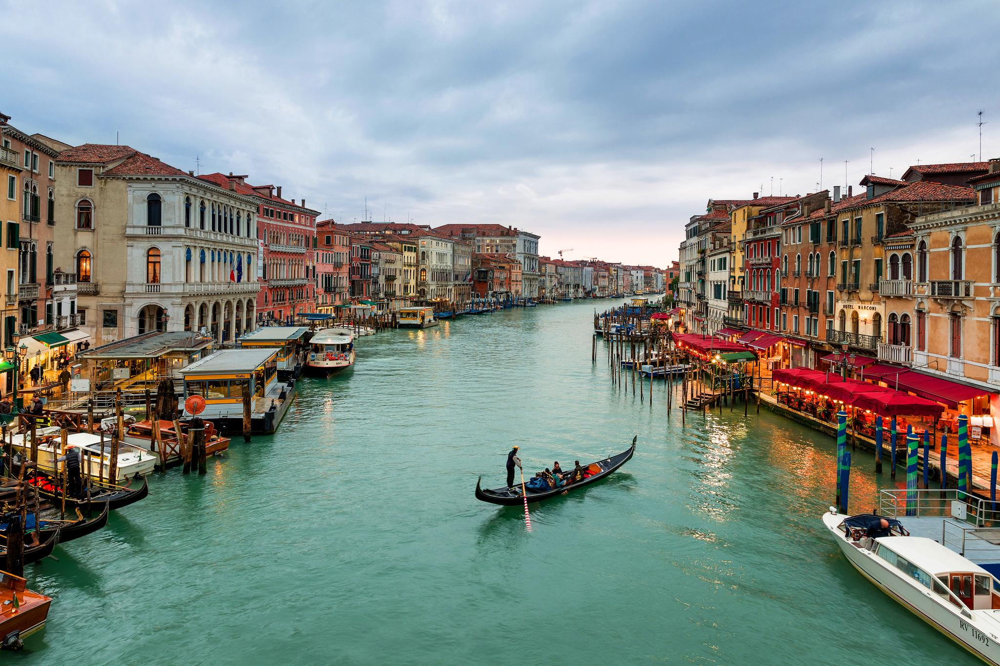 Sunset Over Grand Canal, Venice, Italy  № 1471151  скачать