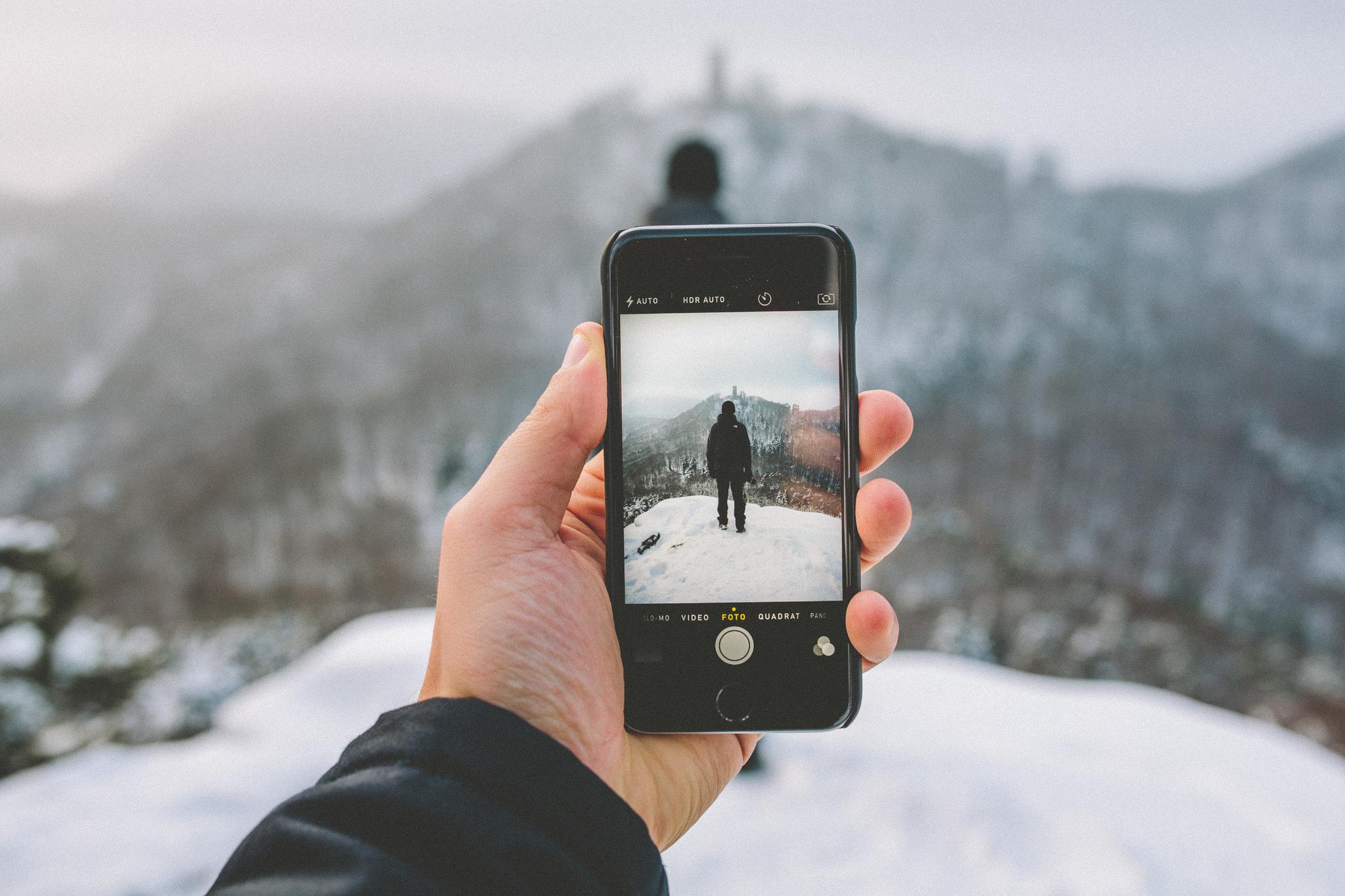 Почему так много весят фото в айфоне получается очень