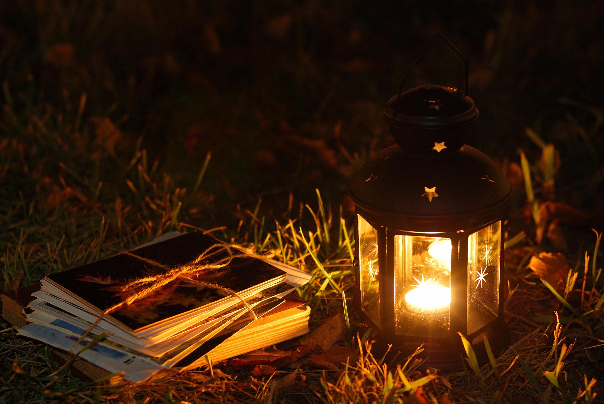 девушка свечи дерево  № 1505263  скачать