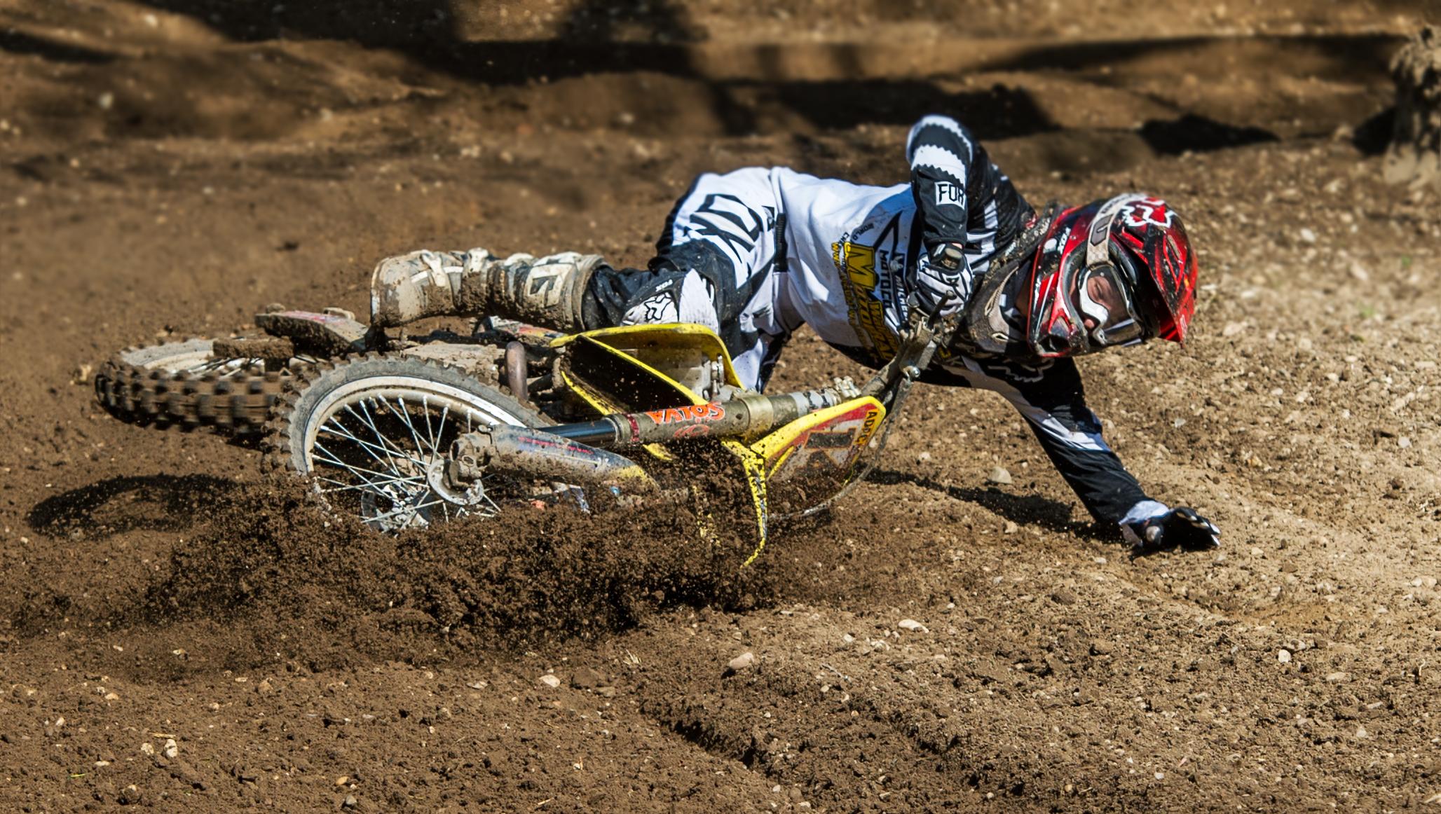 спорт мотоцикл гонка sports motorcycle race  № 3296421 без смс