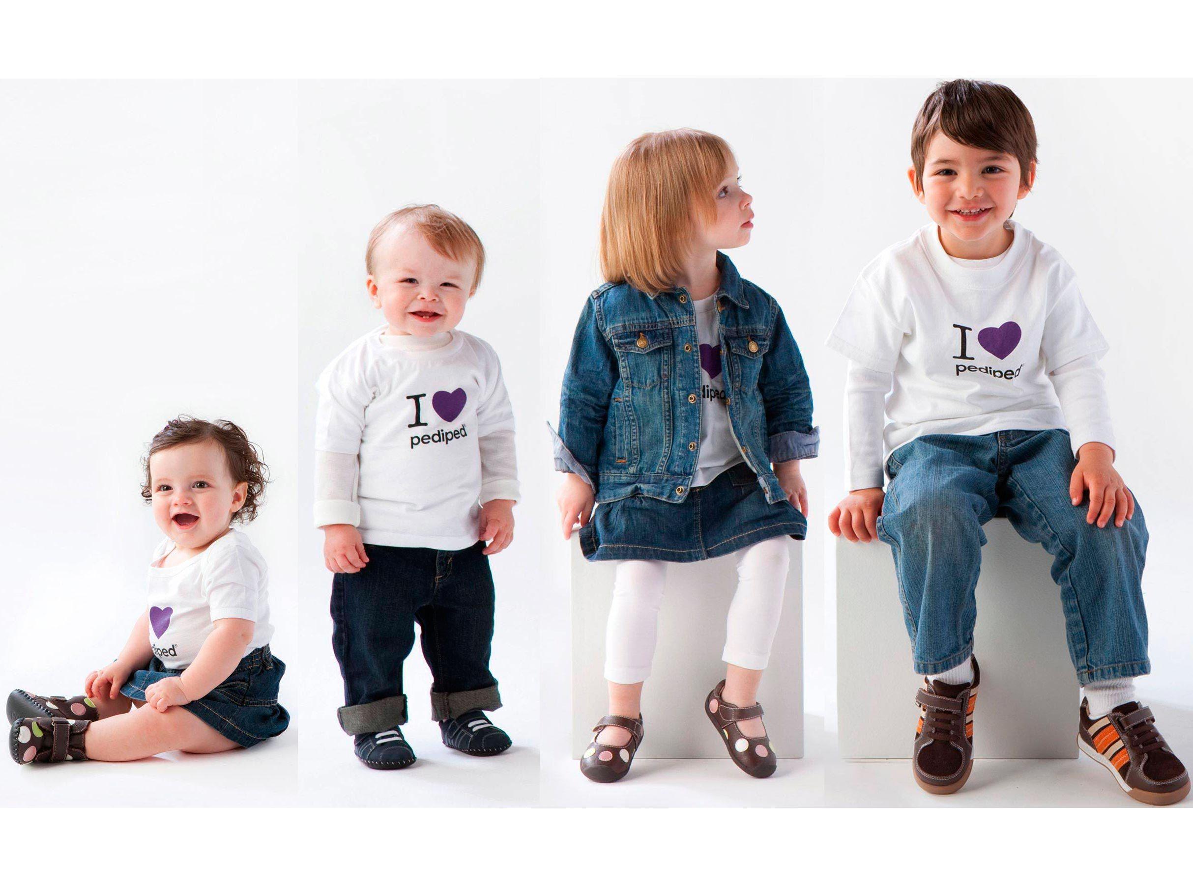 Картинки с детской одеждой рекламные, месяцами