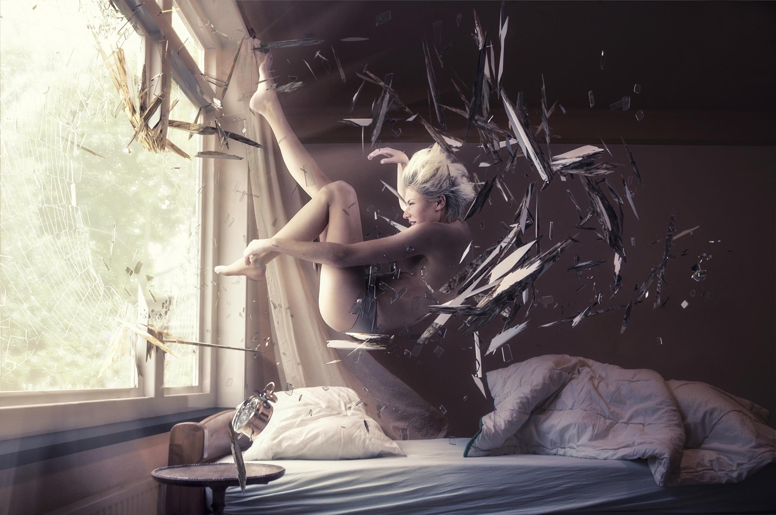 картинки мужик ангел лезет в окно фотография военные