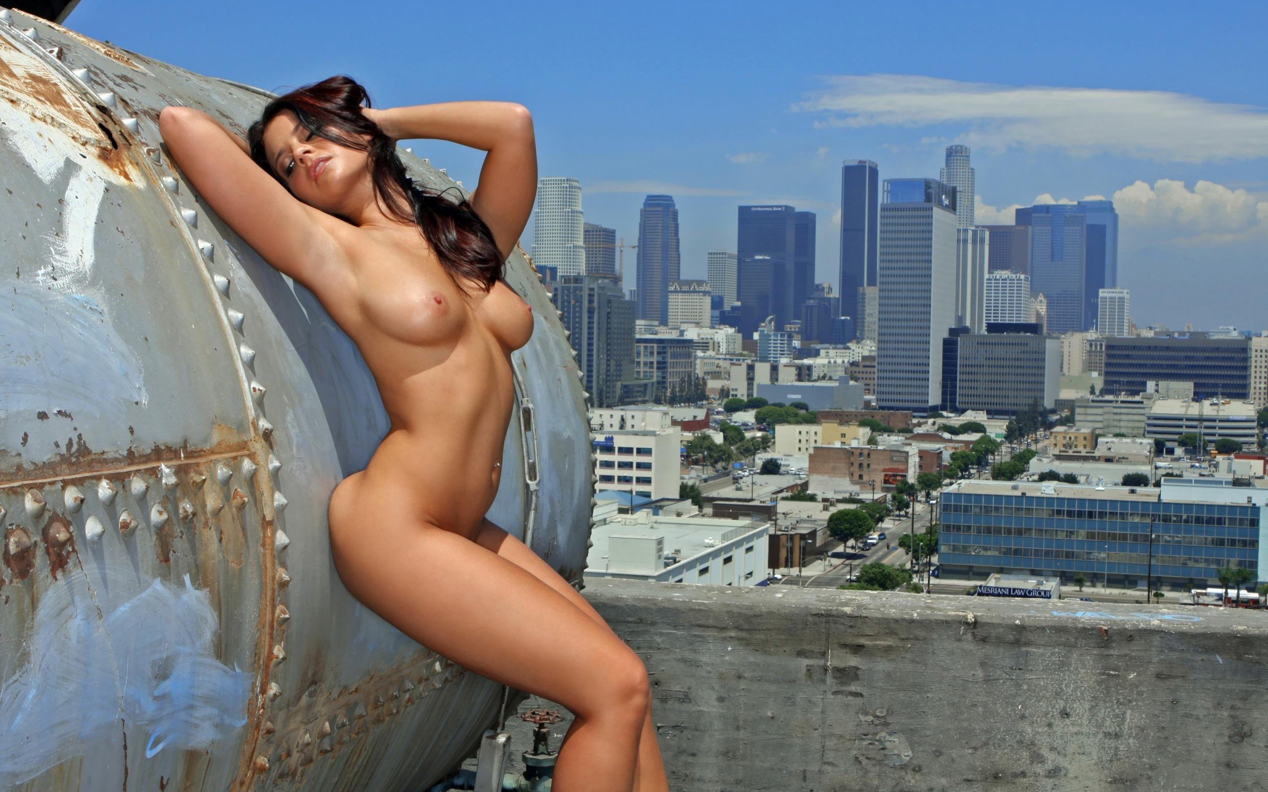 Секс секс на крыше
