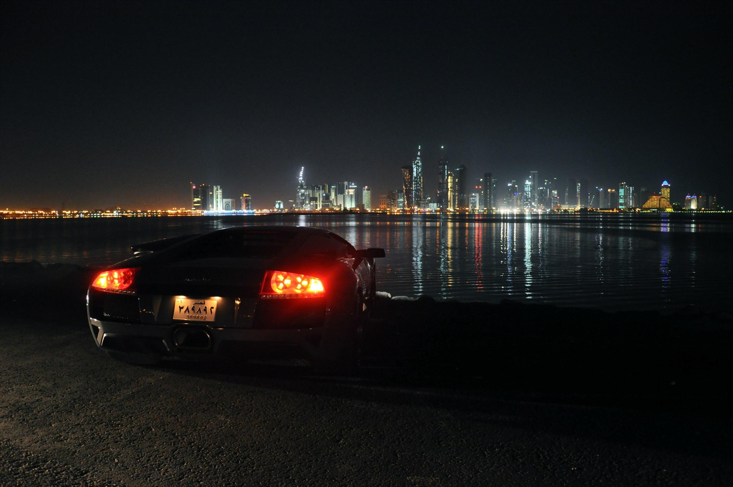 Машины в ночном городе картинки