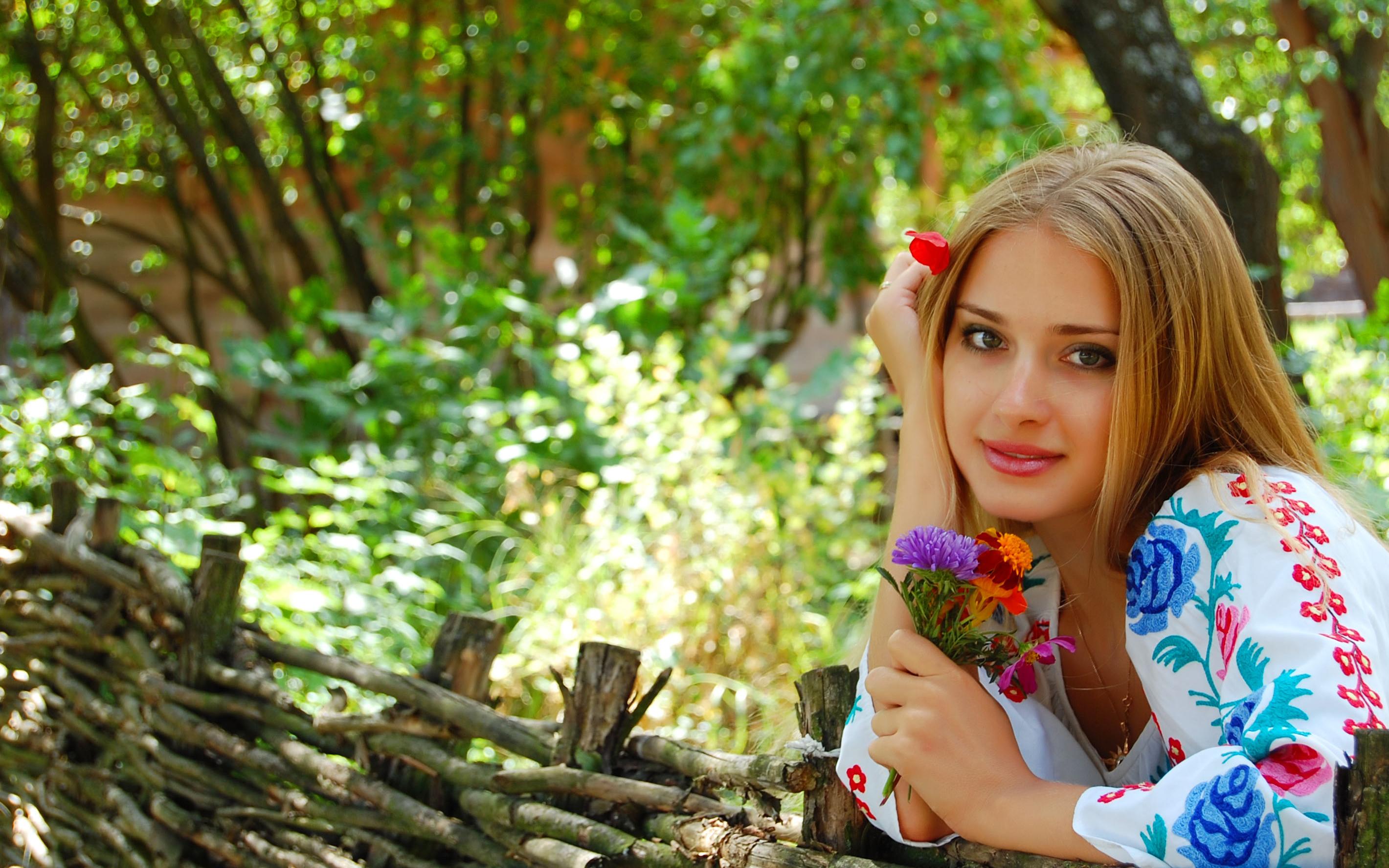 krasivie-devushki-ukrainki-fotosessii-luchshee-mobilnoe-porno-smotret-onlayn