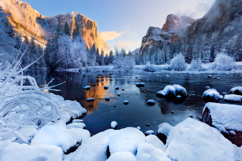 природа зима снег горы скалы деревья  № 2781217 без смс