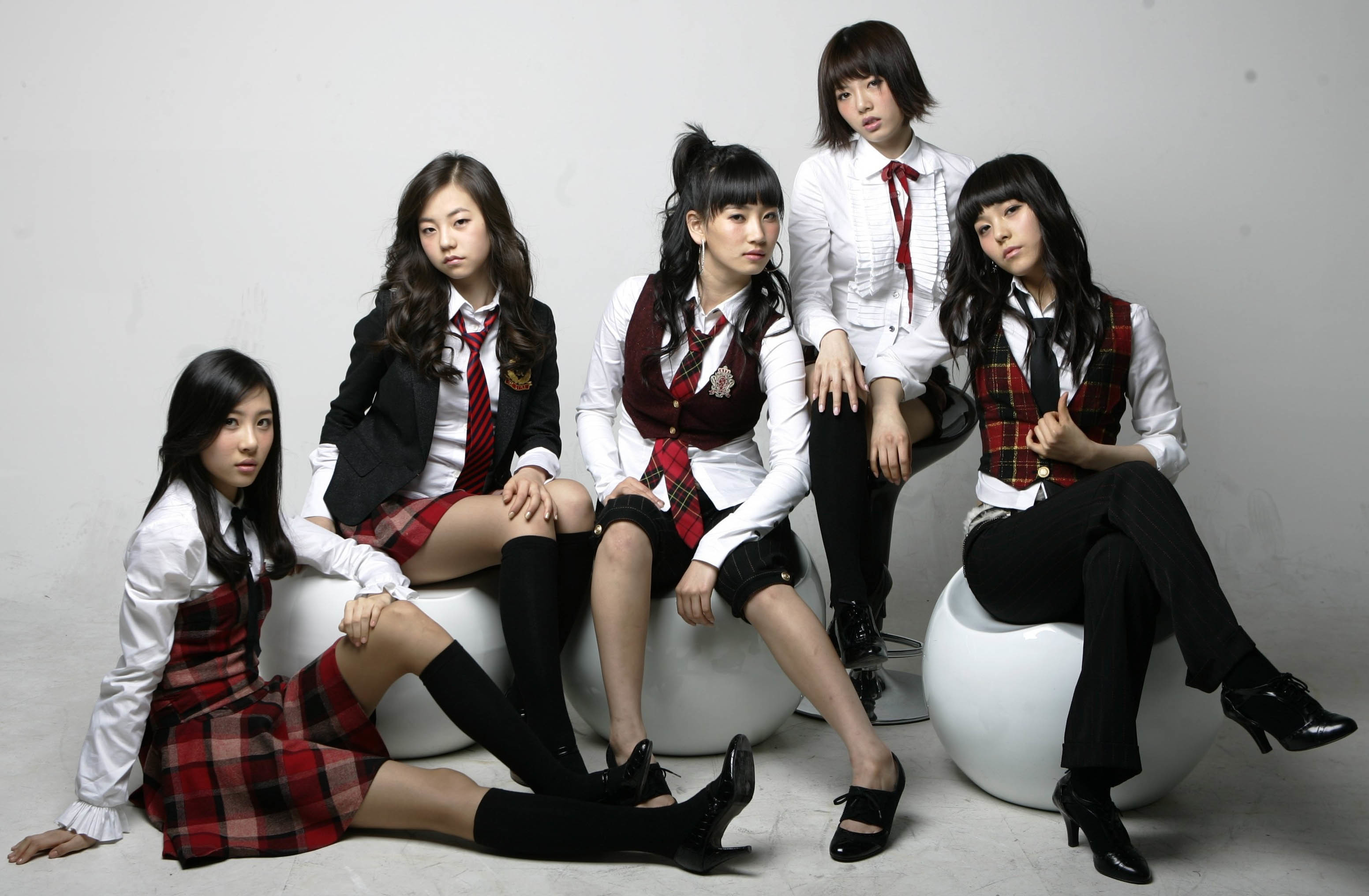 Wonder girl korean band, nude harvard coeds