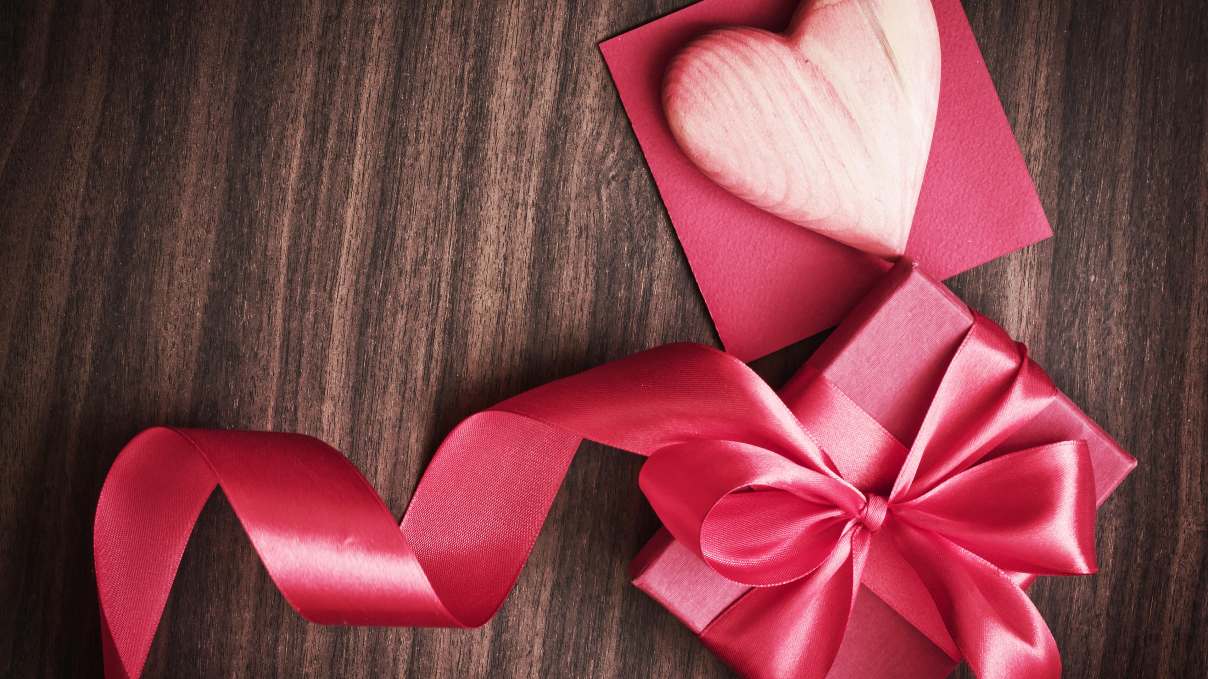 Музыкальные подарки в день святого валентина