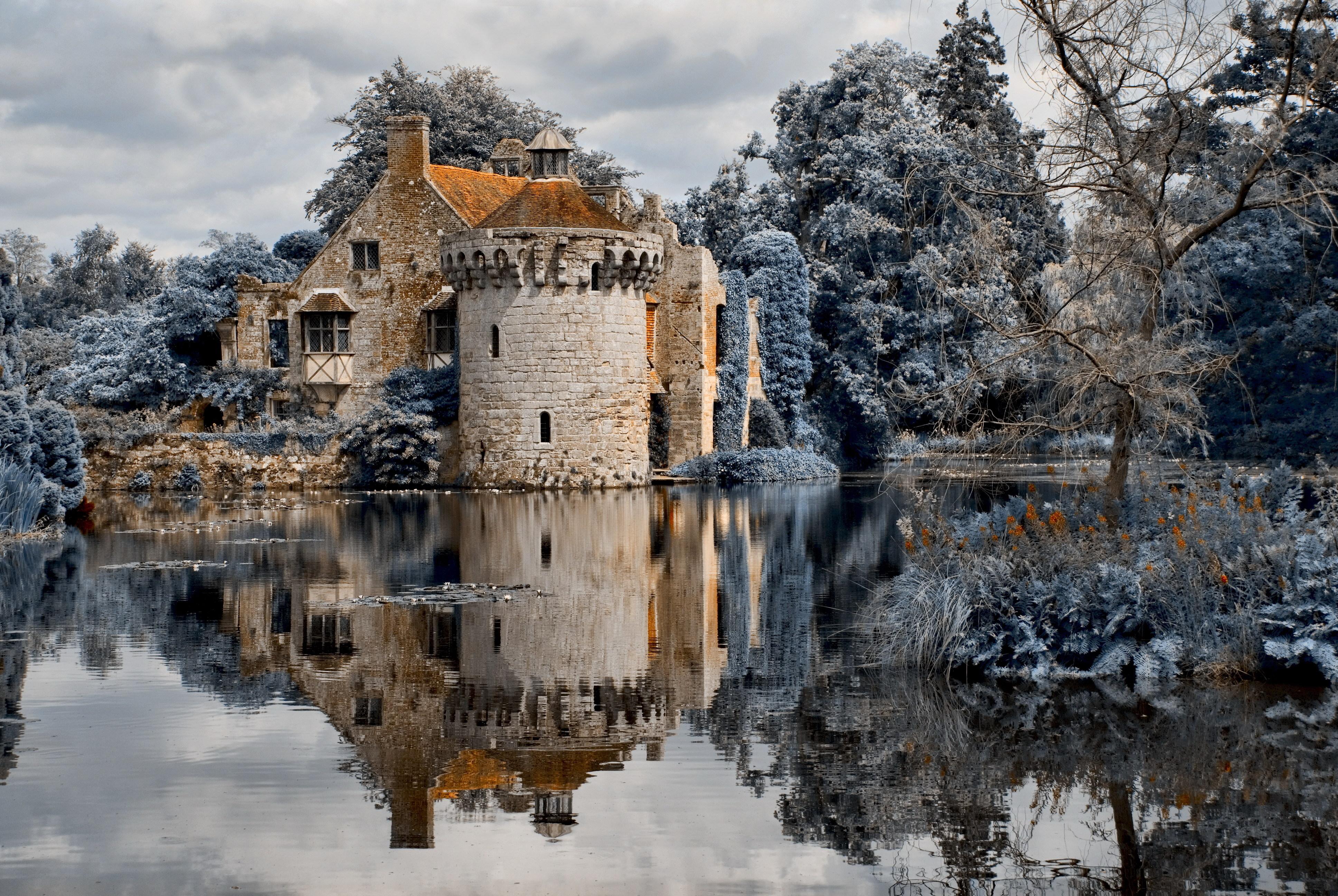 замок на воде  № 158479  скачать