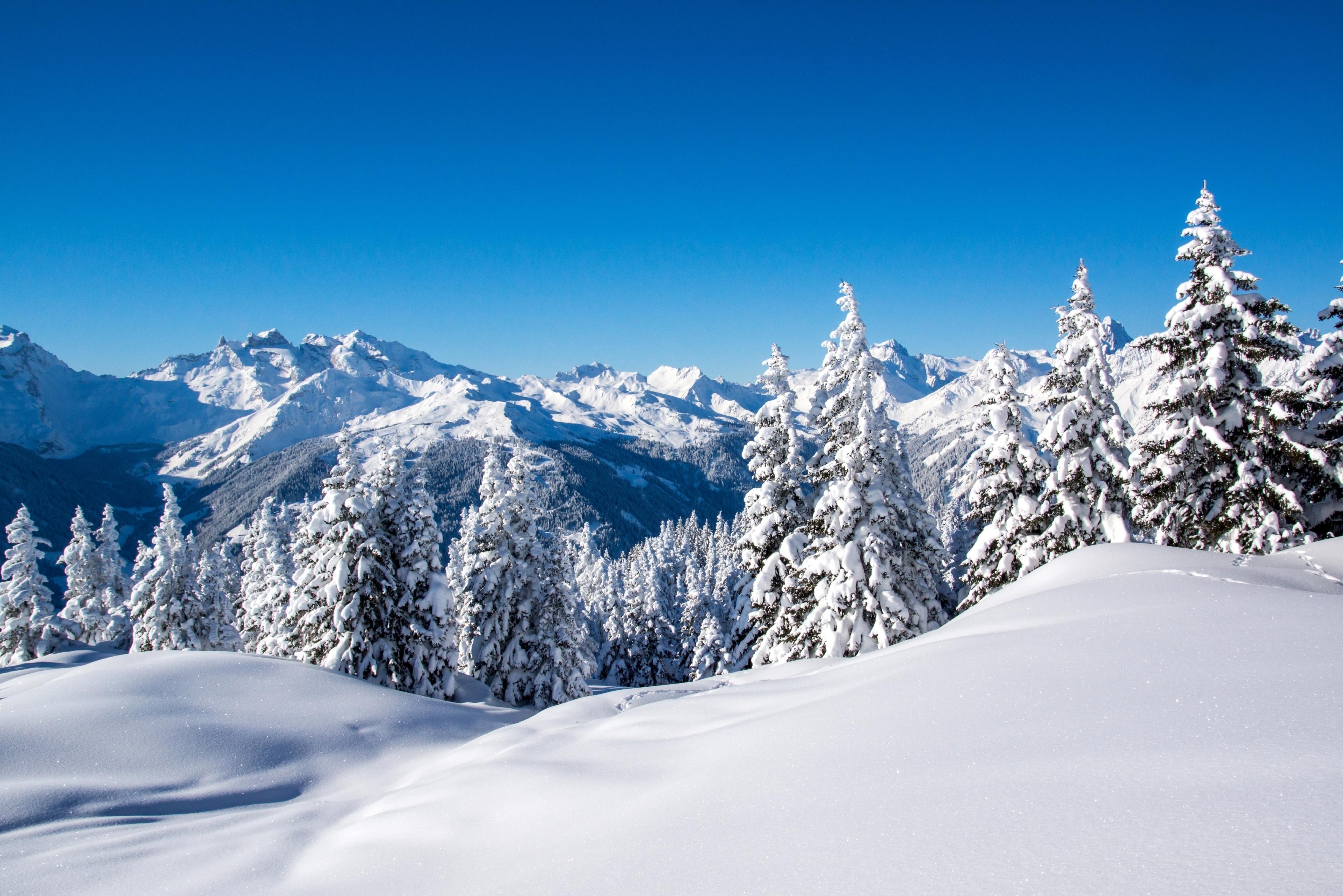 Снег на горных склонах  № 2944993 бесплатно