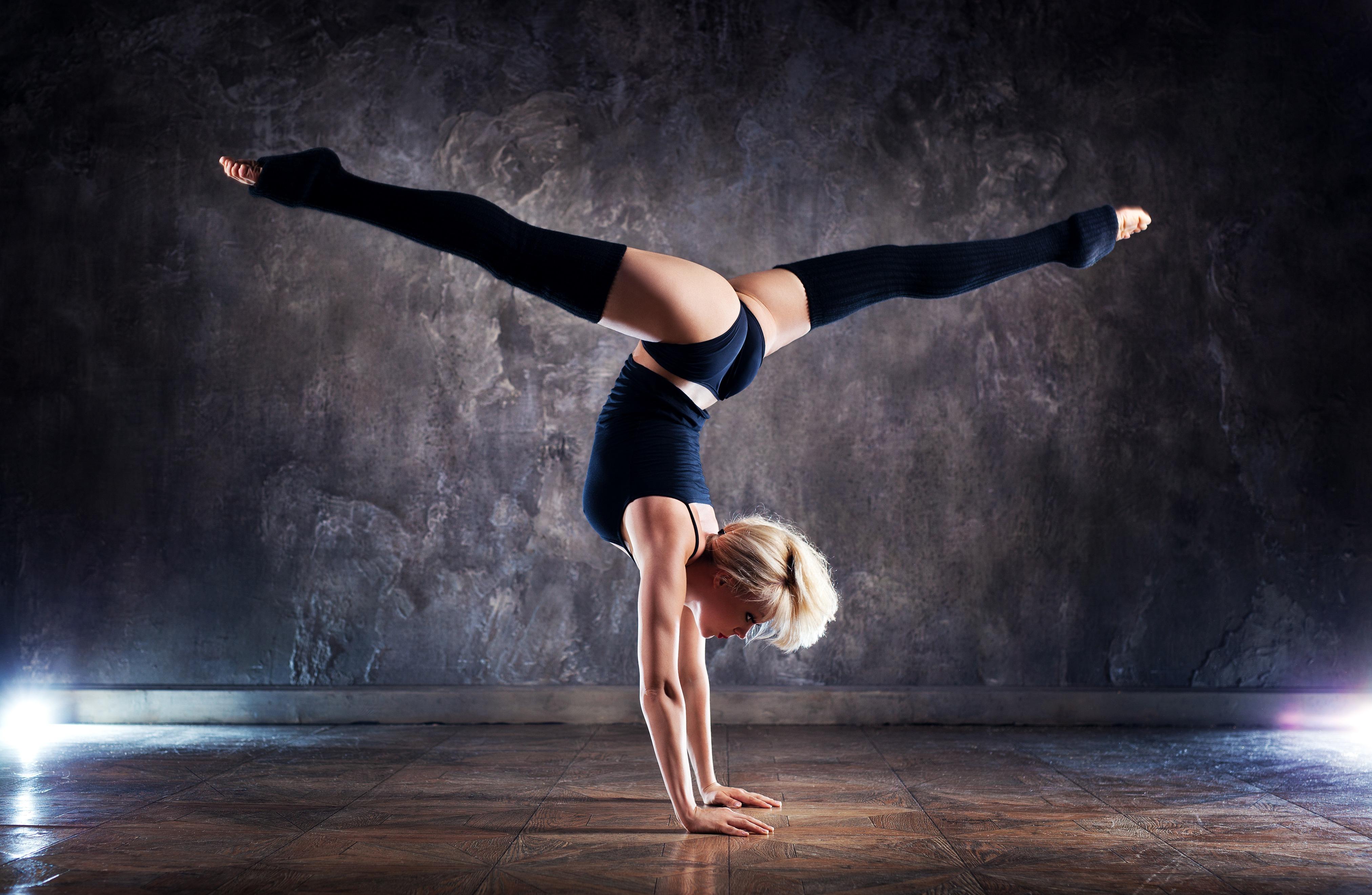 позы с гимнастками картинки дает двум