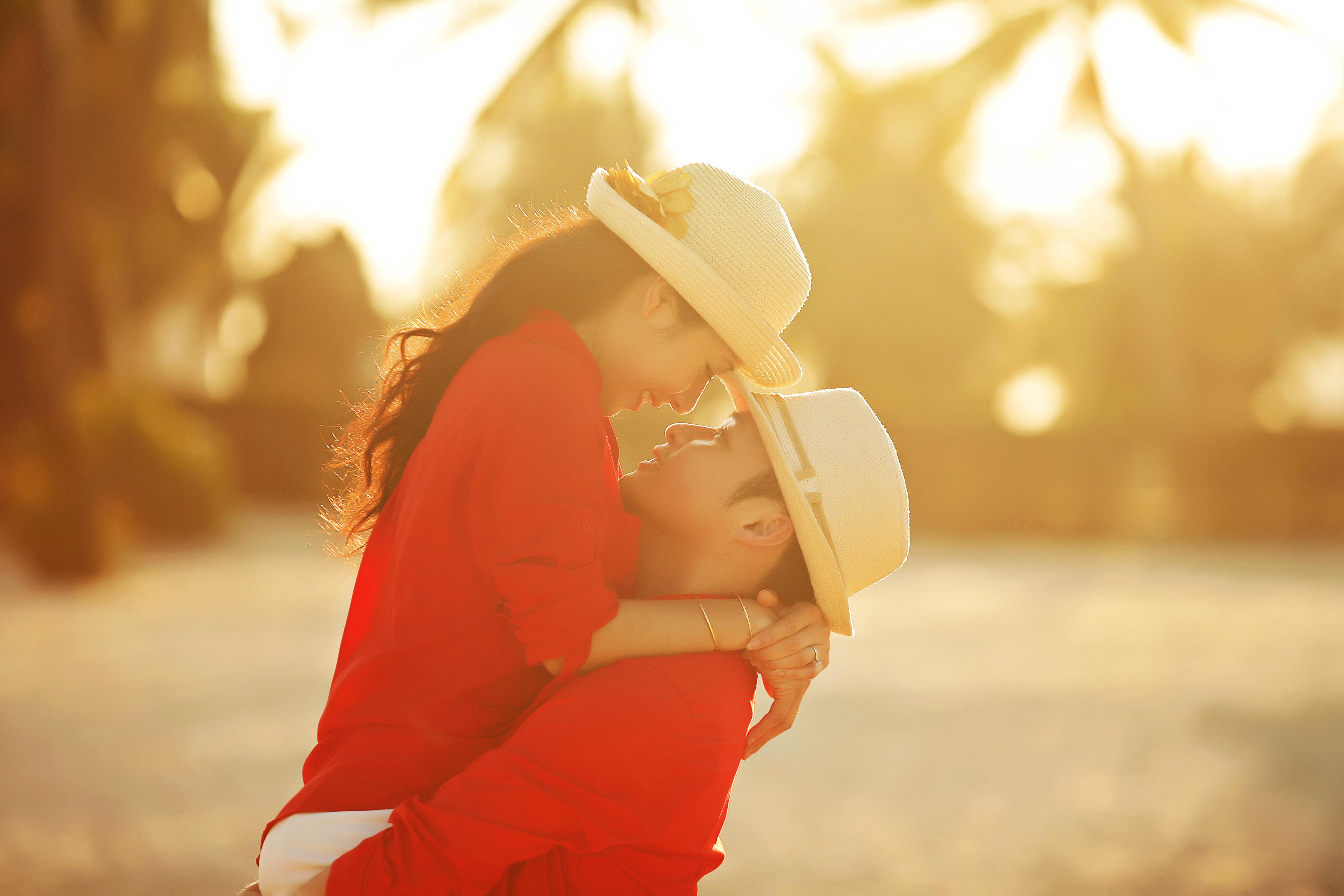 Фото мальчика и девушка, Boy And Girl Love Фото со стоков и изображения 16 фотография