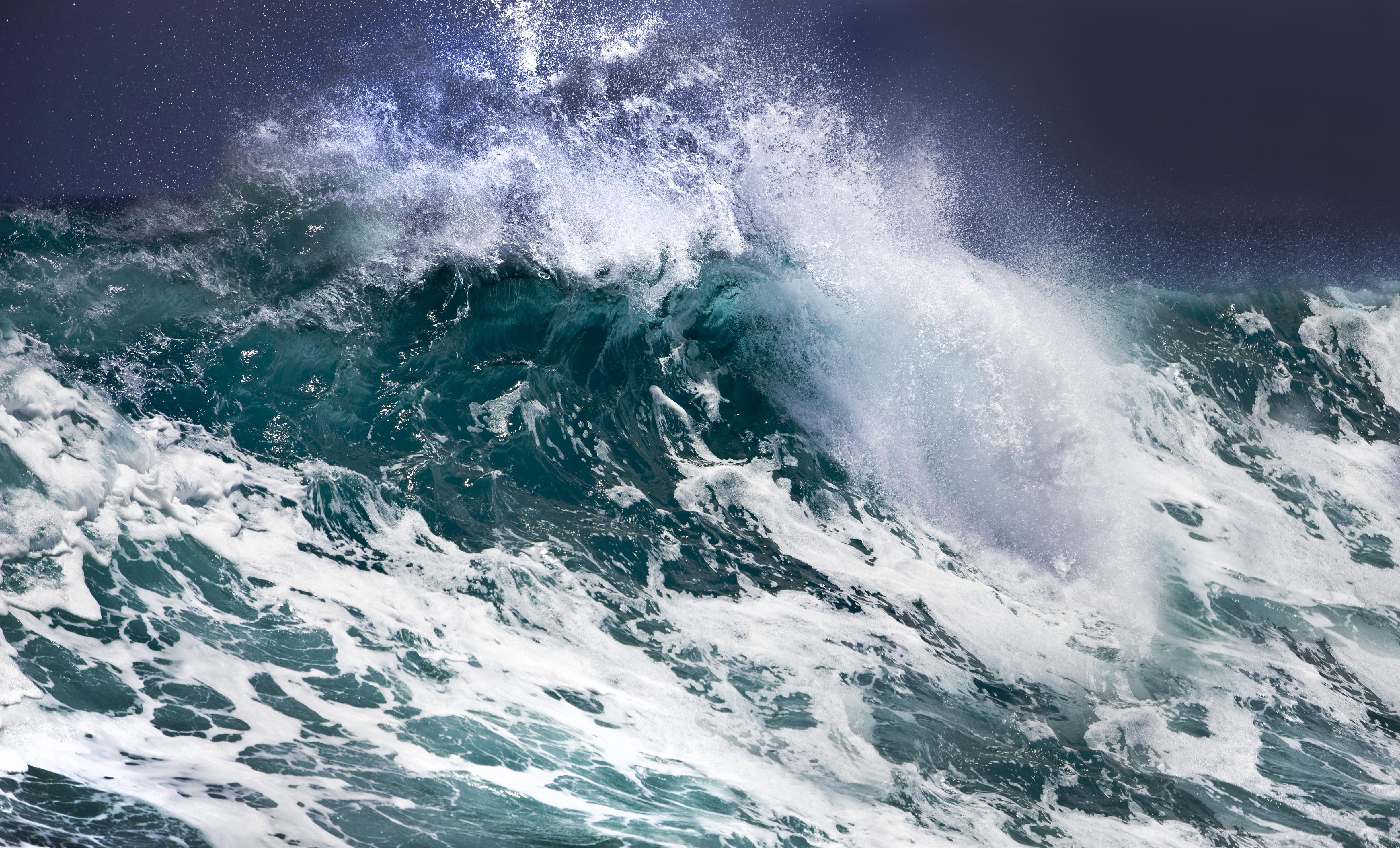 шторм в океане картинка на телефон иглу используют