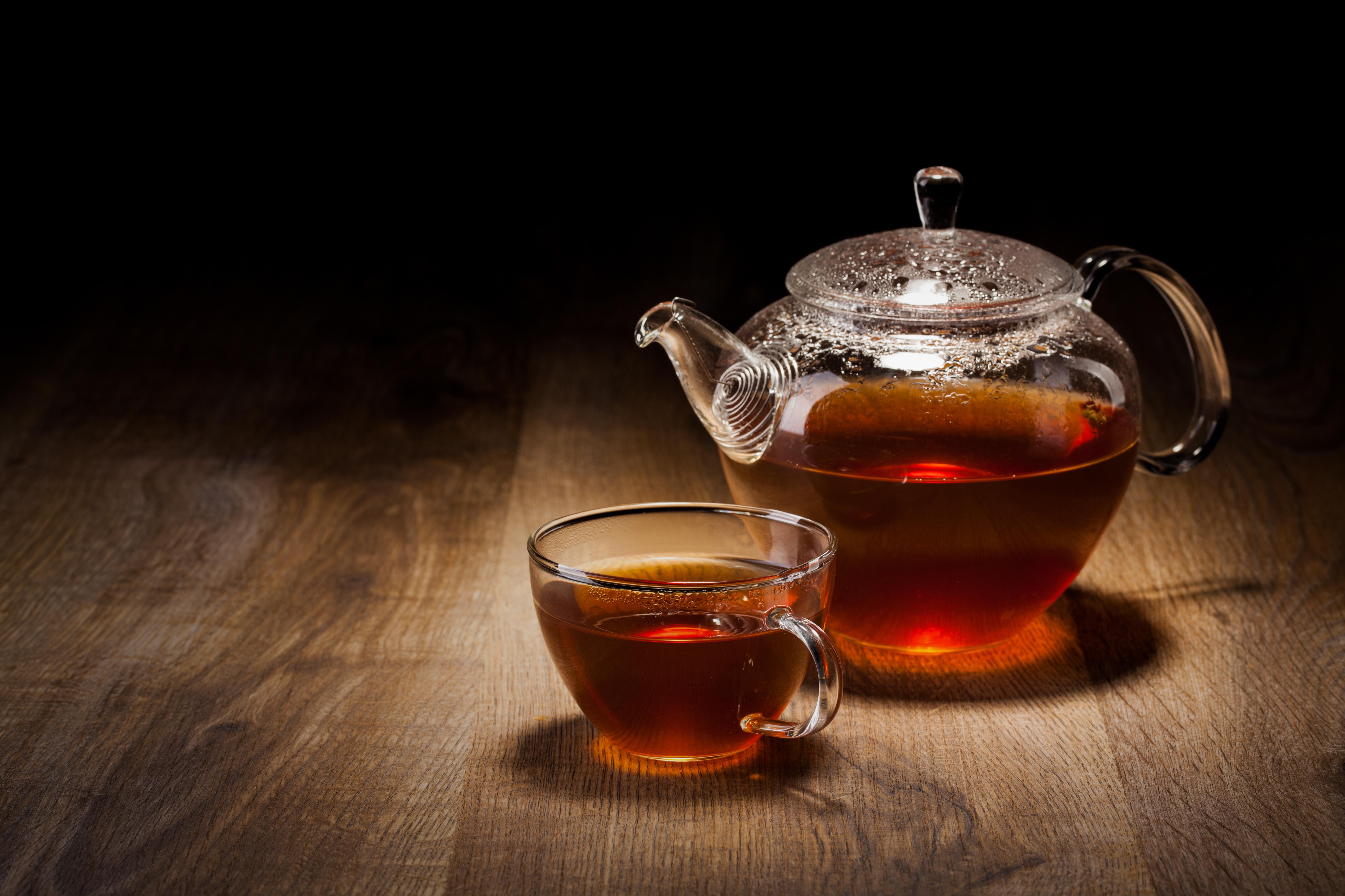 хлеб чай кружка чайник масло  № 2118906 бесплатно