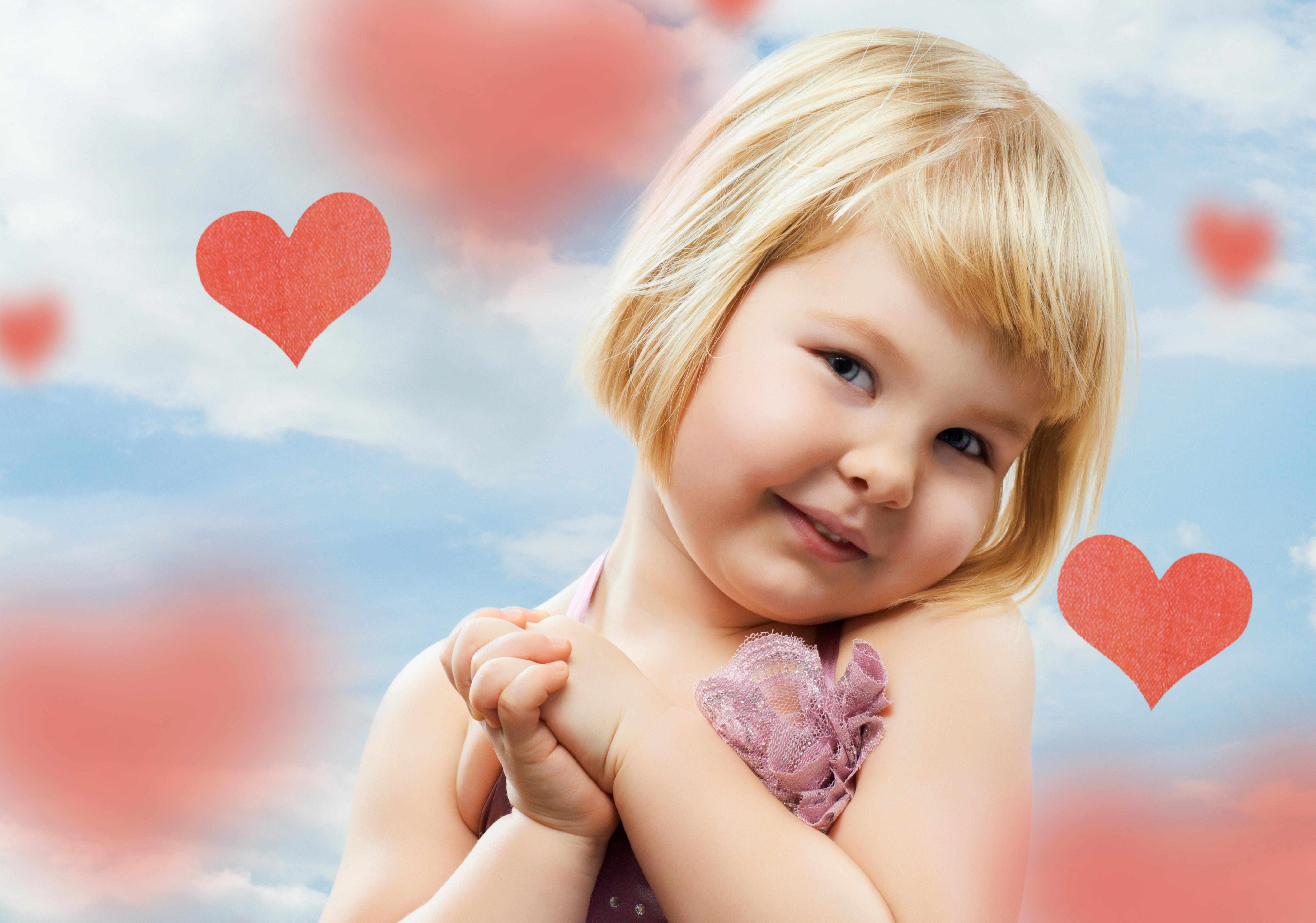 Открытки дети с сердечками