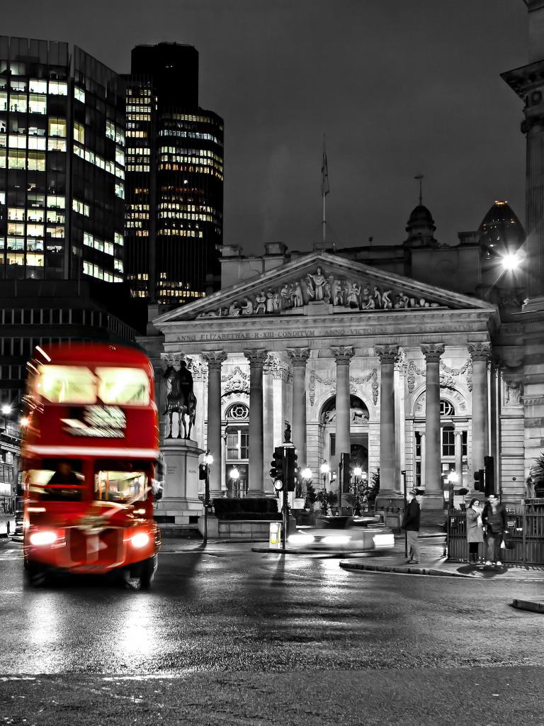 фото очень высокого разрешения город черно красный съемке улице помните