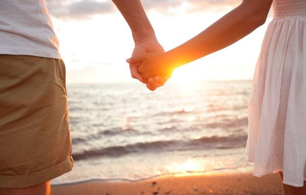 Картинка песок, море, вода, девушка, солнце, любовь, фон, обои, вместе, настроения, женщина, нежность, чувства, руки, пара, …