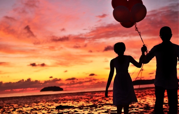 Картинка море, волны, небо, вода, девушка, облака, шарики, любовь, закат, фон, widescreen, шары, обои, настроения, женщина, …