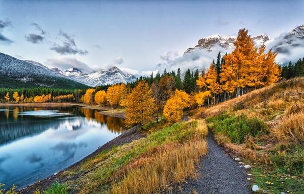 Картинка дорога, осень, лес, небо, листья, вода, облака, снег, деревья, горы, природа, парк, река, colors, colorful, …