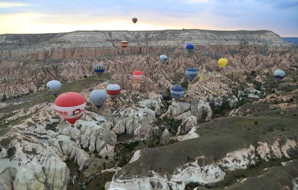 Картинка небо, облака, горы, воздушный шар, Турция, плато, Каппадокия