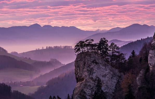 Картинка небо, облака, деревья, горы, скала, дом, долина
