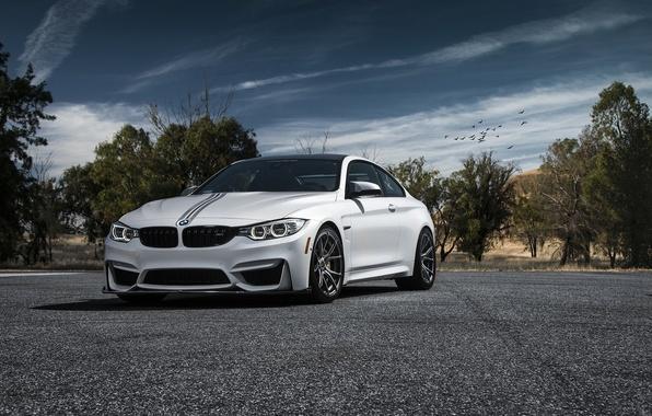 Картинка car, белая, vorsteiner, BMW M4