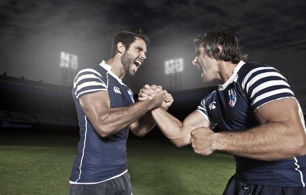 Картинка футбол, спорт, форма, мужчины, стадион, мускулы, рукопожатие, приветствие
